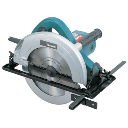 Makita Circular Saw N5900B
