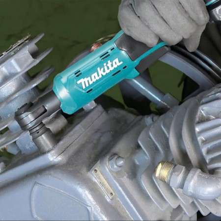 Makita Cordless Ratchet Wrench WR100D