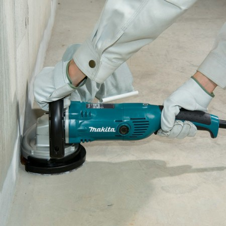 Makita Concrete Planer PC5000C 2