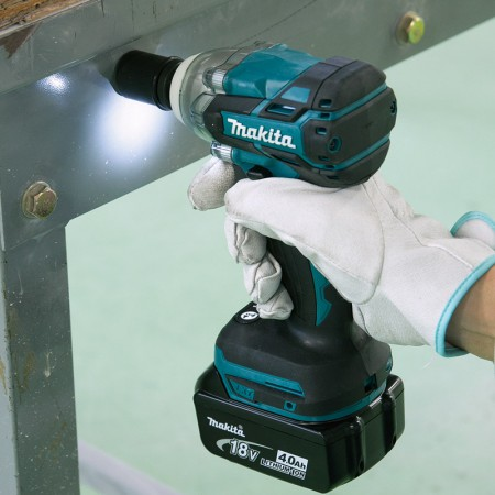 Makita Cordless Impact Wrench DTW285 2